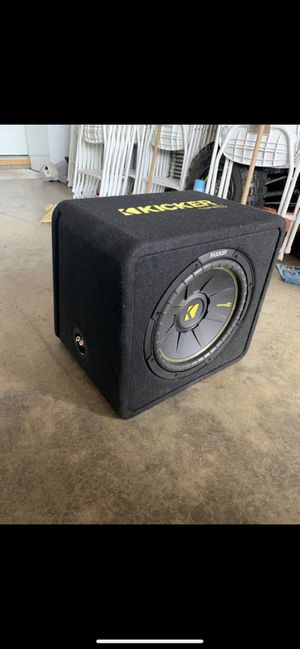 "12"" kicker Comp c with ported box for Sale in Riverbank, CA"