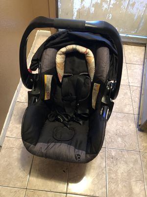 Infant car seat for Sale in Carson, CA