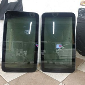 2 Sun Roof Glass For A 2007 Mercedes CL 550 for Sale in McLean, VA