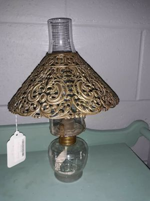Beautiful vintage oil lamp for Sale in North Chesterfield, VA