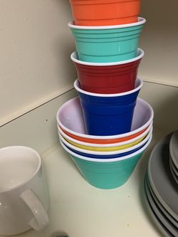 Bowls And Cups Set for Sale in Twinsburg,  OH