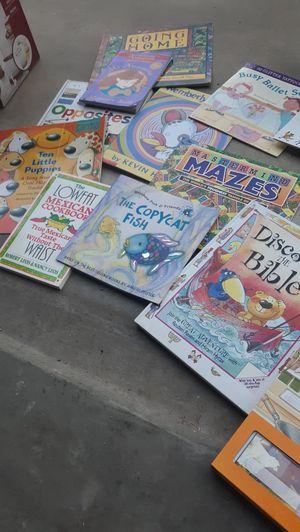 Children book bundle. for Sale in Reedley, CA