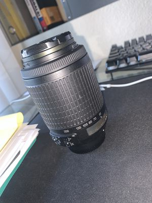 Nikon Lens DX - AF-S NIKKOR 55-200mm 1:4-5.6G ED VR for Sale in Ontario, CA