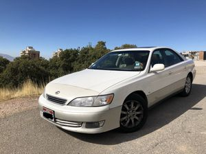 2001 LEXUS ES300 (TRANSMISSION AND BRAKES RECENTLY REPLACED) for Sale in Salt Lake City, UT