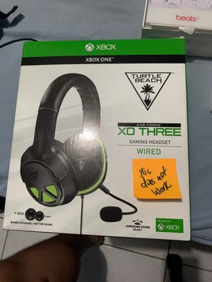 Turtle Beach XO 3 wired headset (Mic doesn't work) for Sale in Miami, FL
