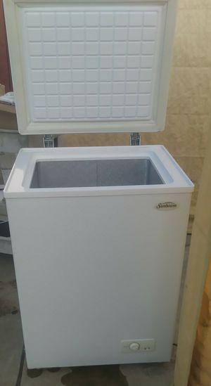 Minnie freezer for Sale in Hayward, CA