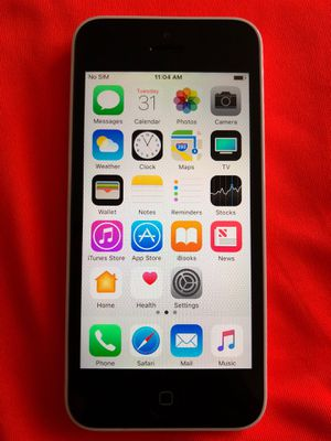 iPhone 5C - UNLOCKED - White for Sale in Fresno, CA