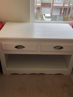 Small White Dresser End Table for Sale in Cary,  NC