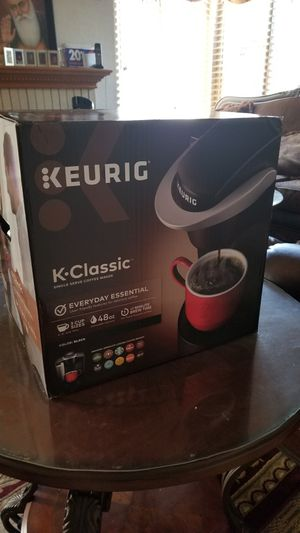 Keurig coffee maker for Sale in Simi Valley, CA
