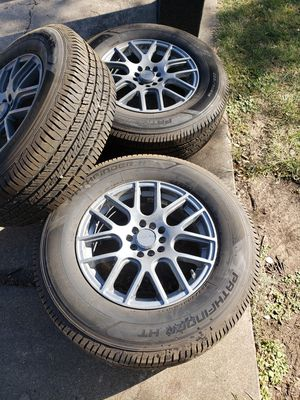 "16"" 5 Lugs Universal Wheels for Sale in San Angelo, TX"