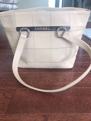 Chanel hand bag for Sale in Bloomfield Hills, MI
