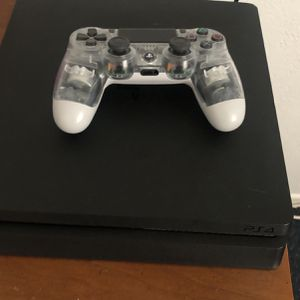 Ps4 With Controller for Sale in Arroyo Grande, CA