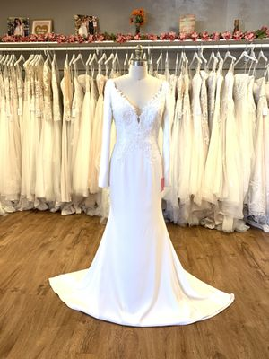 Wedding Dress - Sincerity- Size 10 for Sale in Phoenix, AZ
