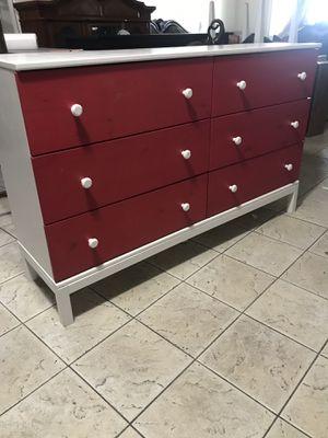 Dresser good condition wood good condition for Sale in Phoenix, AZ