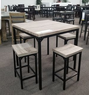 5 piece bar stool for Sale in Los Angeles, CA