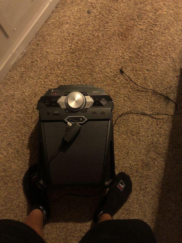 Speaker/karaoke machine 30$