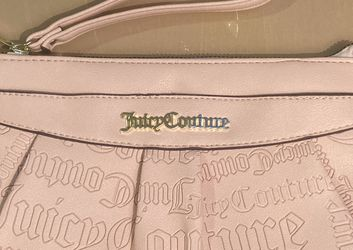 Juicy Couture Pink Wristlet/Clutch for Sale in Clearwater,  FL