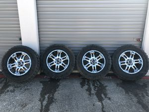 """20"""" Ballistic chrome rims with tires for Sale in Fort Worth, TX"""