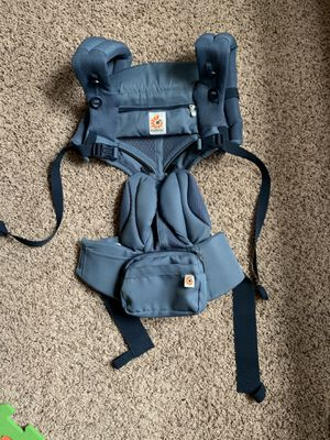 Baby carrier ERGOBABY 360 for Sale in Pasadena, TX