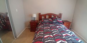 Full size bedroom set for Sale in Houston, TX