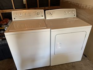 Kenmore Washer and Dryer Series 300 for Sale in Joint Base Lewis-McChord, WA