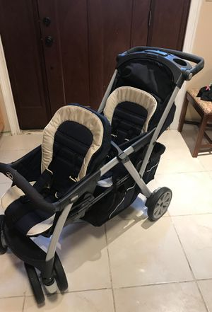 Chicco double stroller for Sale in Arnold, MO