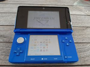 Nintendo 3DS Fire Emblem Awakening Limited Edition CFW w/ all 3DS Fire Emblem games digitally installed and more - 16gb for Sale in Lake Worth, FL