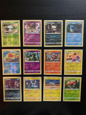 2016-2019 Holo/Holo Reverse Pokemon Cards MINT for Sale in Richardson, TX