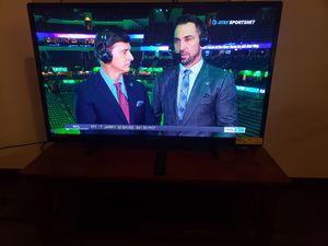 55 inch MAGNAVOX smart tv for Sale in Las Vegas, NV