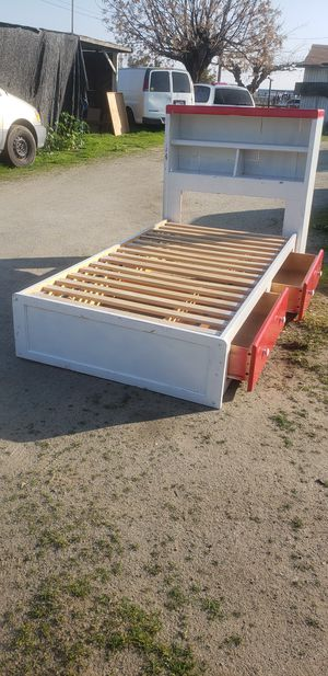 Twin size bed frame with 2drawers for Sale in Orosi, CA