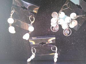 Dangle earrings. 3 pr for Sale in Los Angeles, CA