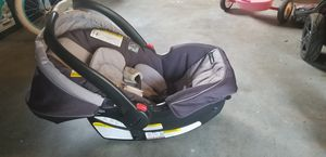 Graco car seat for sale. No base for Sale in Kenmore, WA