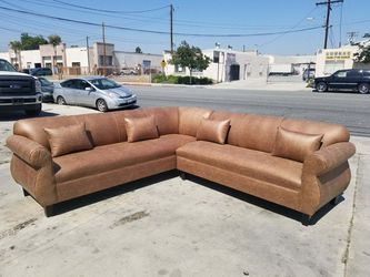 NEW 9X9FT CAMEL LEATHER SECTIONAL COUCHES for Sale in San Clemente,  CA
