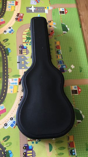 Guitar Case, Hardshell, made by Guitar Research. Great Condition for Sale in Federal Way, WA