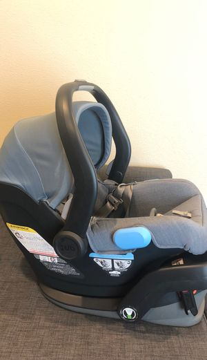 UPPAbaby MESA car seat + base (includes extra base) for Sale in Renton, WA