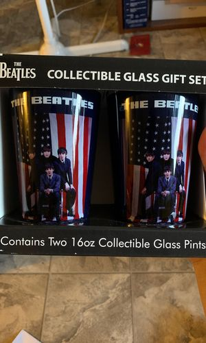 The Beatles Collectible Glass Pint Gift Set. for Sale in Seattle, WA