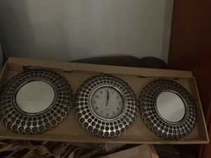Set of decorations clock and mirrors for Sale in Lodi, CA