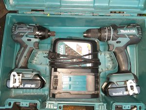 Makita hammer drill & impact driver kit for Sale in Tacoma, WA