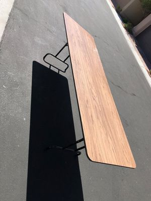 Table 8'(came out from a model home) for Sale in Las Vegas, NV