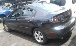 Mazda 3 for part out 2006 for Sale in Opa-locka, FL