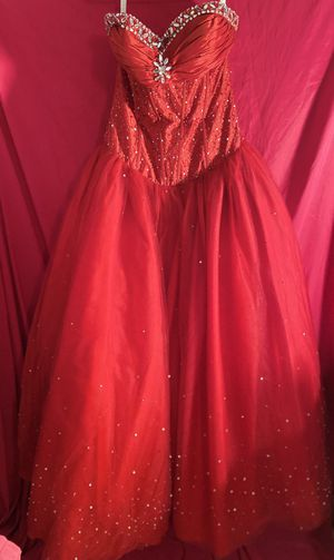 Red Quinceanera/Formal dress size 10 for Sale in Houston, TX