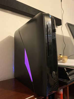 Computer desktop gaming dell Alienware runs fast read profile for Sale in Miami, FL