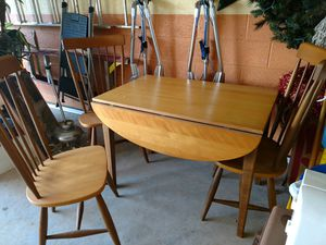 Kitchen table set with three chairs for Sale in Vero Beach, FL