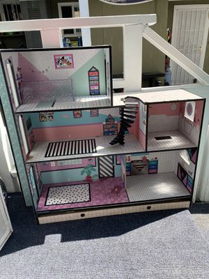 LOL Doll house for Sale in Cerritos, CA