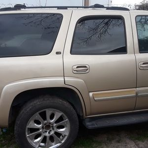 Solo Para Partes Tahoe 2005 for Sale in Irving, TX
