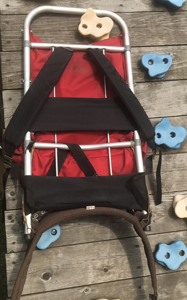WENZEL Vintage Hiking Backpack w/ External Aluminum