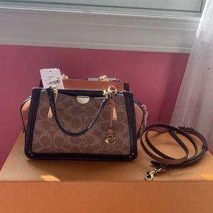 Coach Handbag for Sale in Berwyn, IL