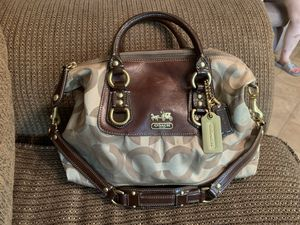 New Coach Madison Sabrina Tan OP art GO868-12947 With White Cotton Dust Bag for Sale in Milan, GA