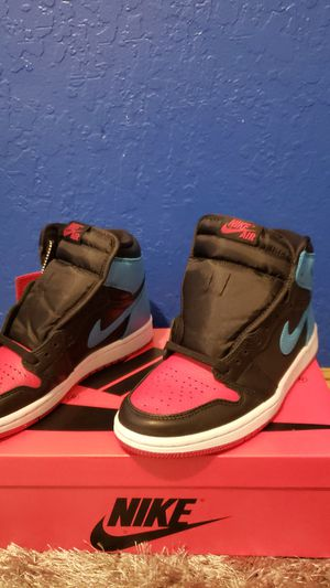Air jordan 1 UNC to CHI Wmns 6.5 for Sale in Hayward, CA