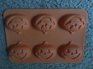 Silicone pumpkin mold- Halloween for Sale in Portland, OR